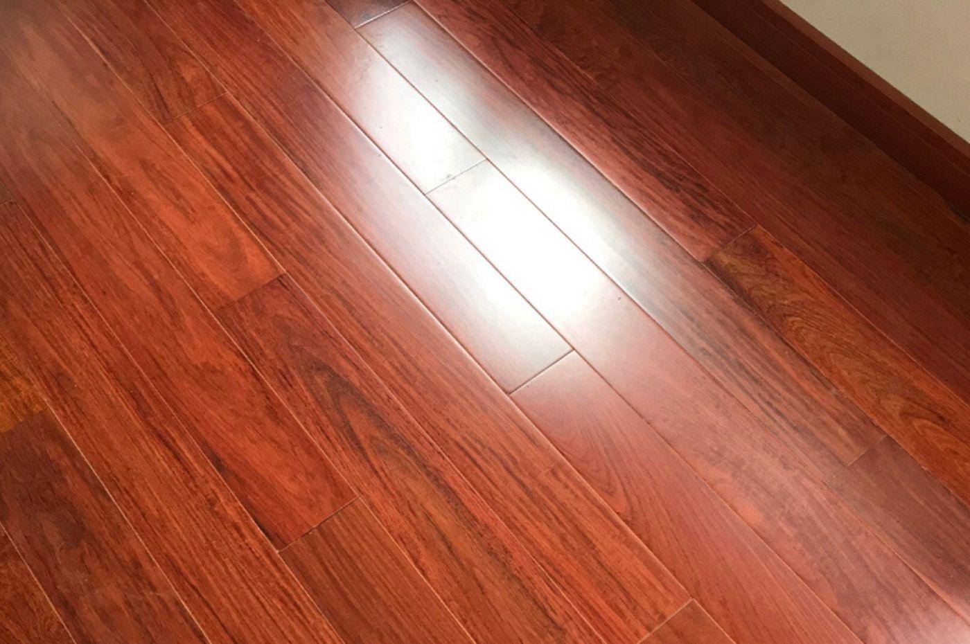 Các loại sàn gỗ hương đặc biệt là sàn gỗ hương lào có tốt không?   TRƯỜNG THẮNG