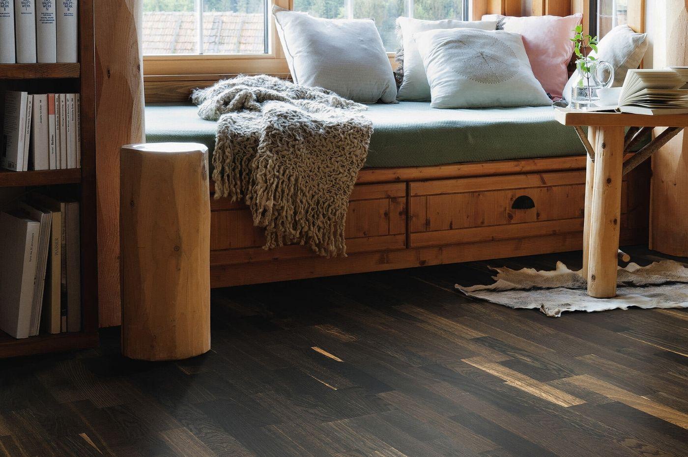 Sàn gỗ 200m2 giá bao nhiêu tiền? Thi công trong bao lâu?